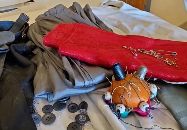 taffys-sewing-pic
